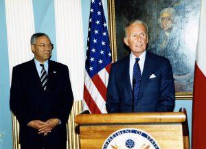 Sekretarz Stanu USA Colin Powell, John P. Birkelund