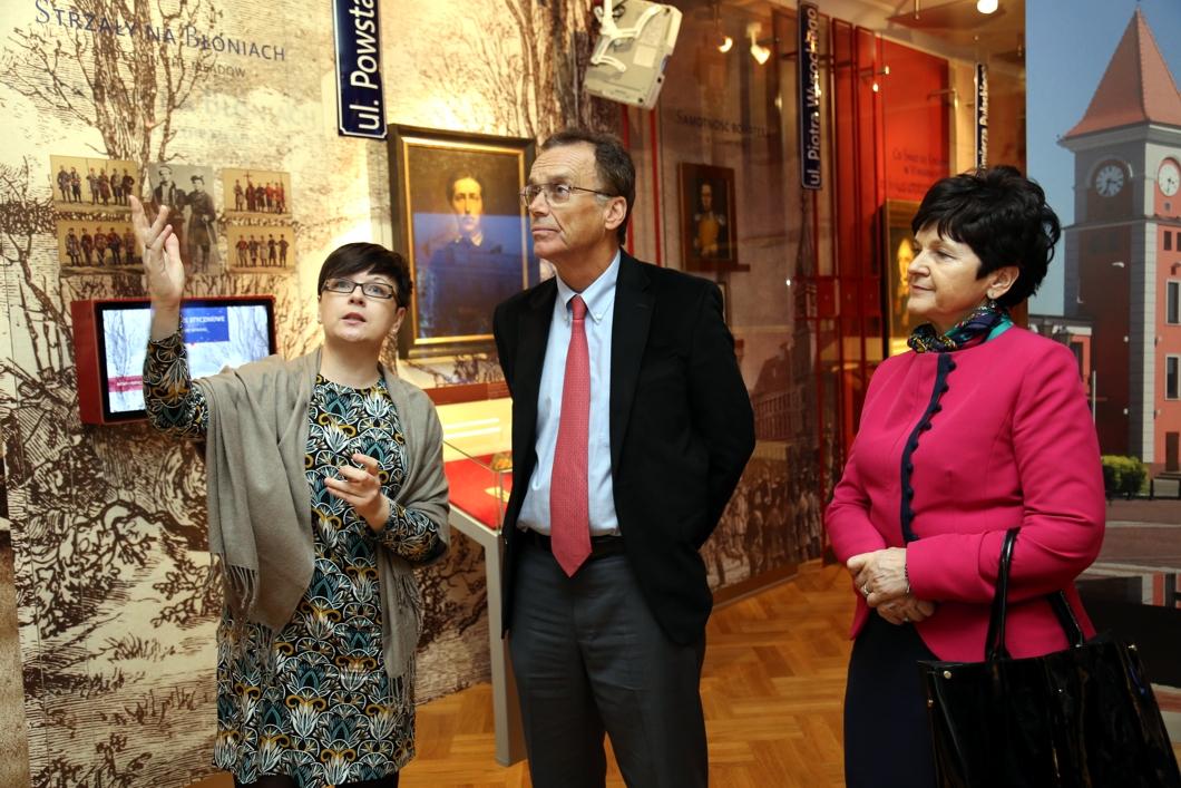 Andrew Nagorski odwiedził Ośrodek Działaj Lokalnie w Warce