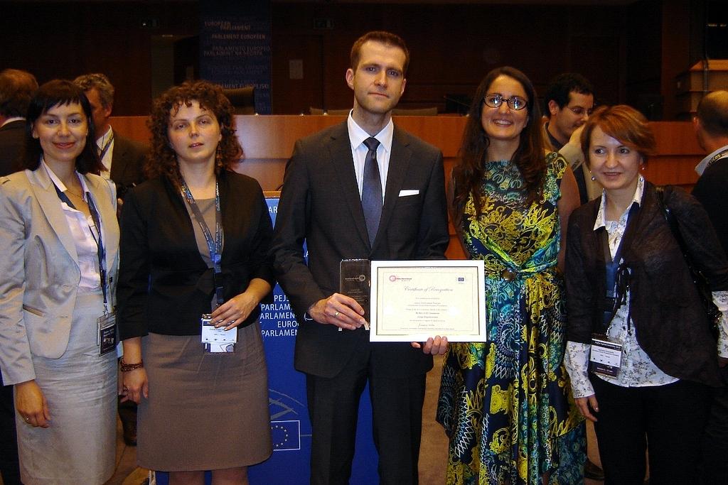 """FRSI otrzymała """"e-Inclusion Award"""" za realizację Programu Rozwoju Bibliotek"""
