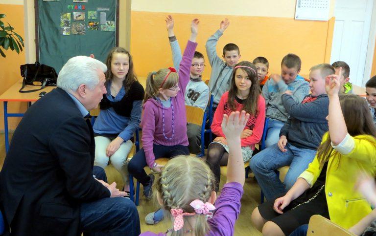 Lekcje z Douglasem Adesem w Dobieszynie i Górkach Grubakach