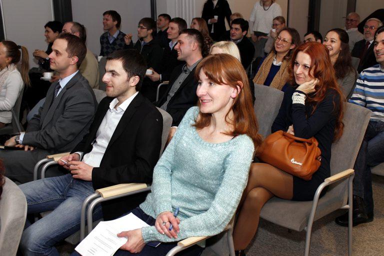 Tegoroczni stypendyści Kirklanda spotkali się w Warszawie