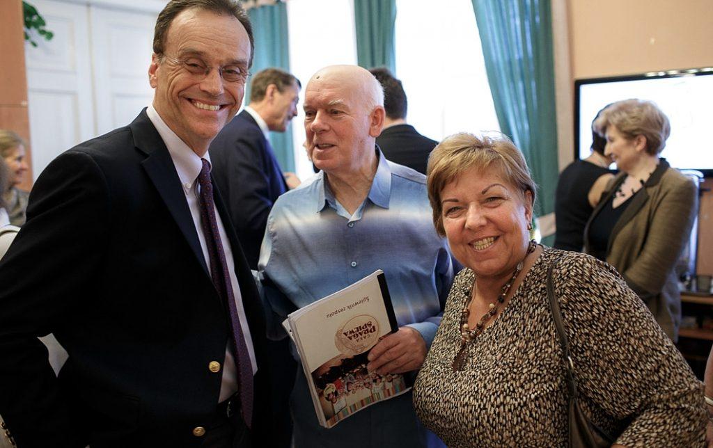 """Rada Dyrektorów PAFW z wizytą u """"Seniorów w Akcji"""""""