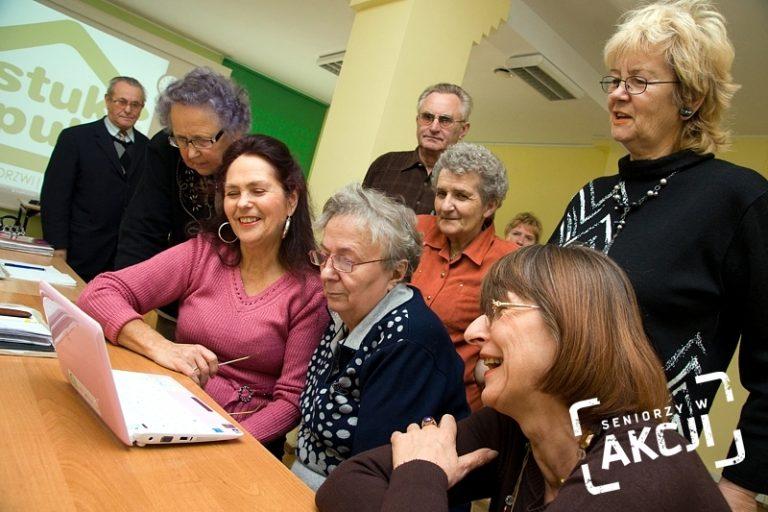 """""""Seniorzy w Akcji. Inkubator + dotacje"""" - konkurs grantowy"""