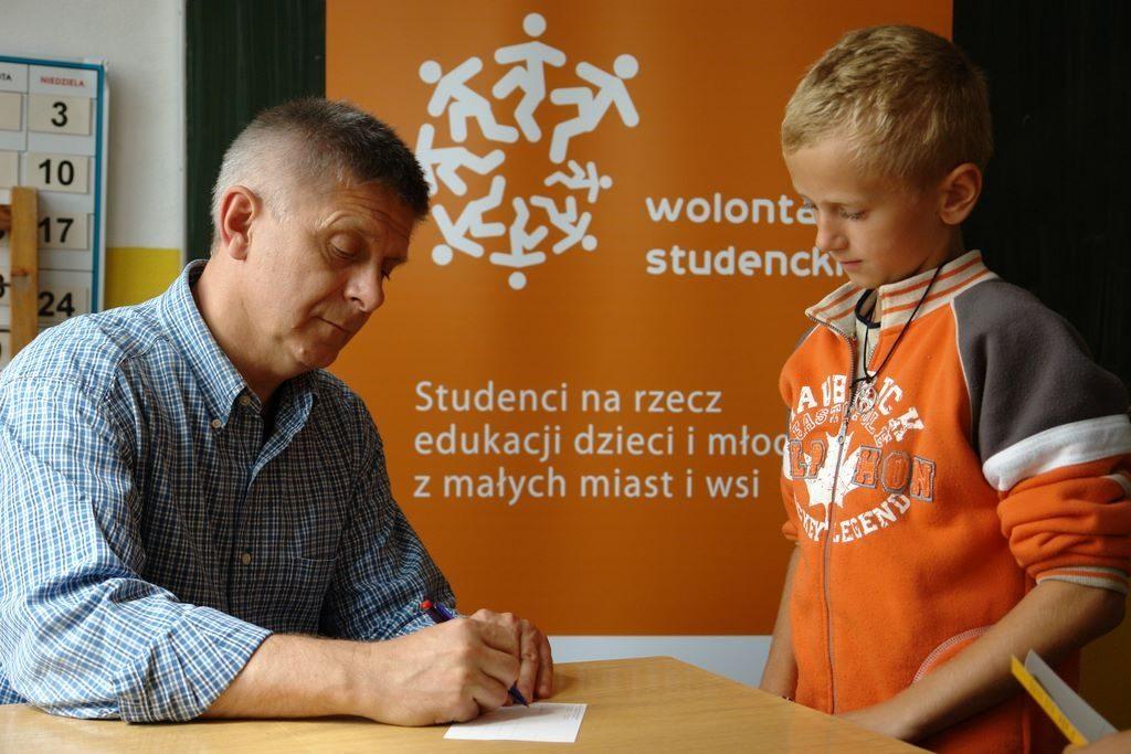 Spotyka się ze studentem z wymiany