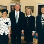 Prezydent Bill Clinton, Hillary Clinton, Irena Koźmińska, ambasador Jerzy Koźmiński