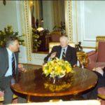 Prezydent Aleksander Kwaśniewski, profesor Zbigniew Brzeziński, ambasador Jerzy Koźmiński – Pałac Prezydencki, Warszawa, 2000