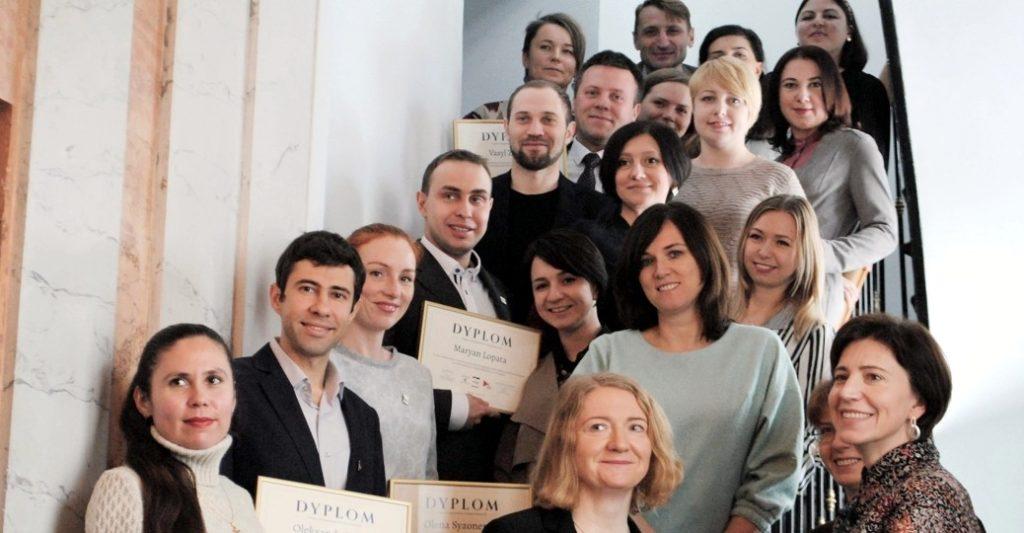 Stypendyści Kirkland Research otrzymali dyplomy