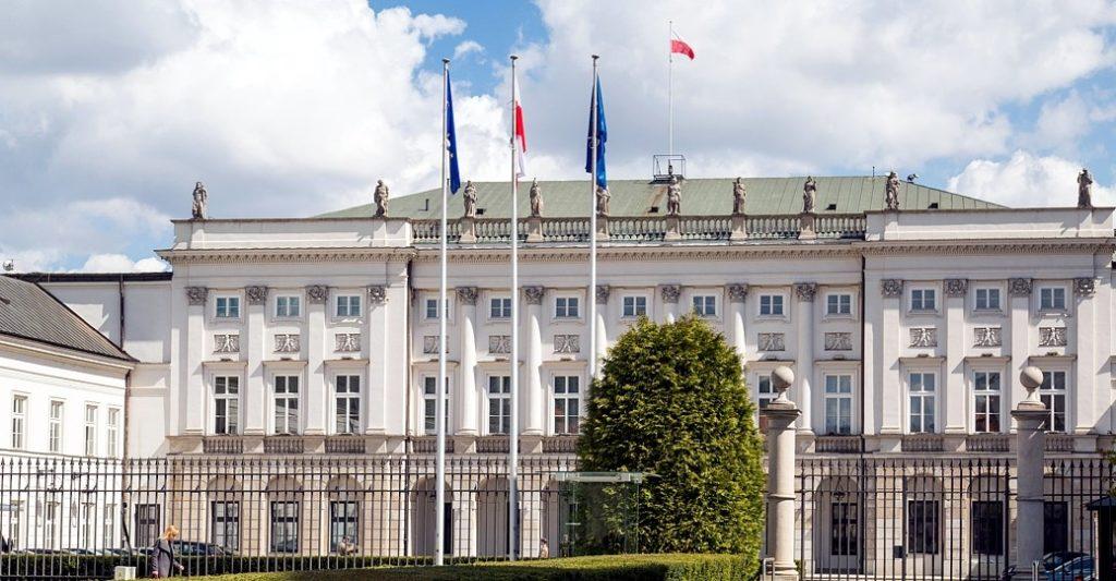 Prezydenci Andrzej Duda i Donald Trump gratulują PAFW z okazji dwudziestolecia